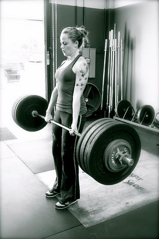 womandeadlift